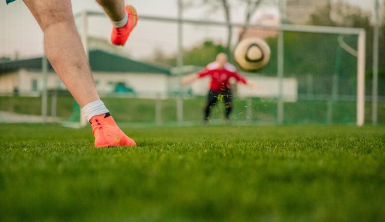 Футболисты иркутского «Зенита» перестали играть и тренироваться из-за долгов по зарплате