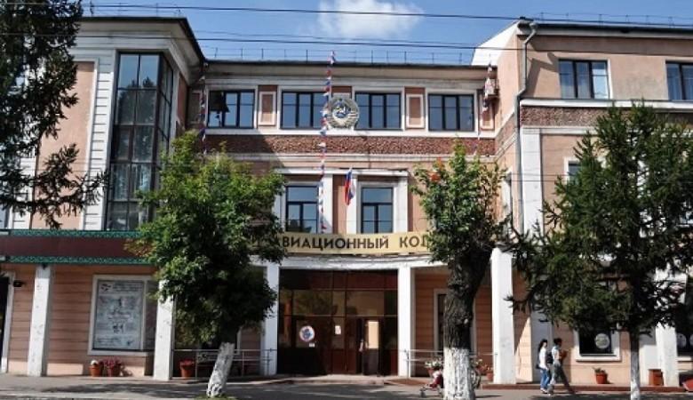 Два омских колледжа эвакуировали из-за сообщений о взрывном устройстве