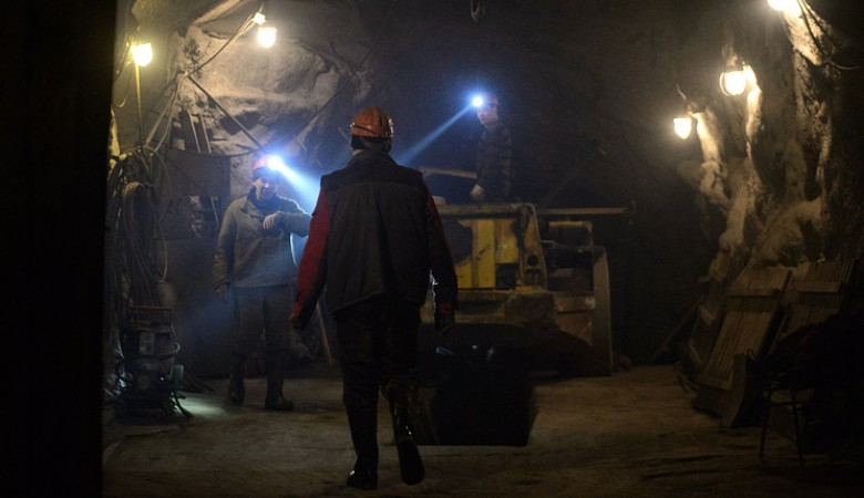 Почти 150 человек заблокированы в золотодобывающем карьере в Красноярском крае