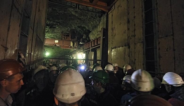 Спасатели обследуют 50 га на руднике