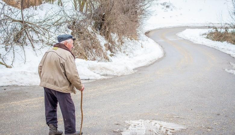 Пожилых тувинцев попросили самоизолироваться из-за коронавируса