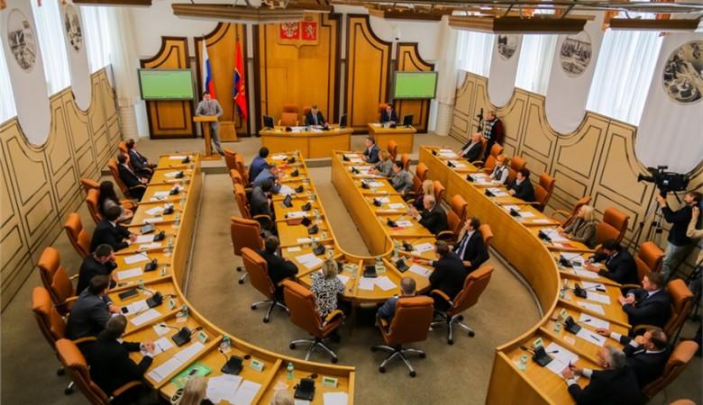 Политтехнолог: депутаты красноярского горсовета фактически проголосовали за самороспуск