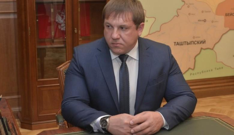 Главврач республиканской больницы Хакасии подозревается в коррупции
