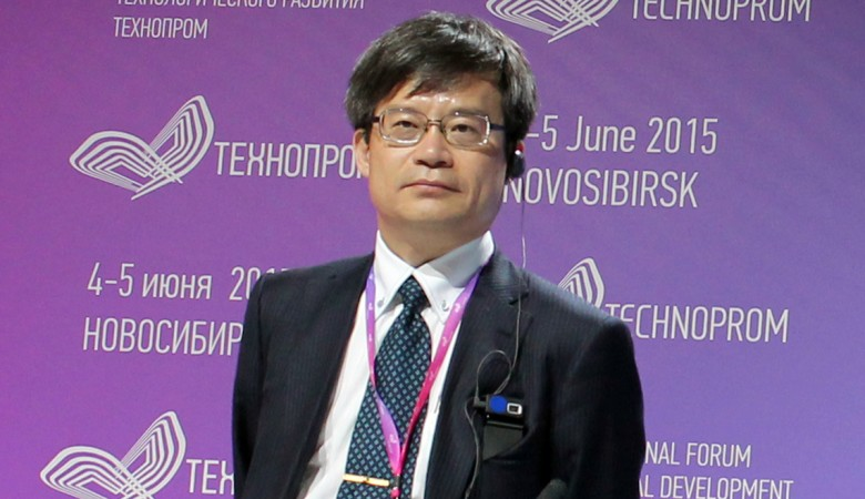 Нобелевский лауреат по физике Хироси Амано ведет переговоры о работе в Новосибирске