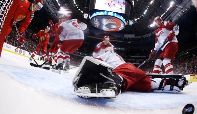 Вратарь скончался во время любительского хоккейного матча в Новосибирске