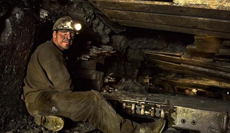 Бастующие в Забайкалье горняки вышли на поверхность из шахты