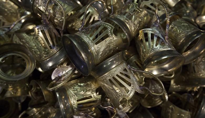 Новосибирское правительство закупило хрустальные стаканы на 346 тыс. рублей
