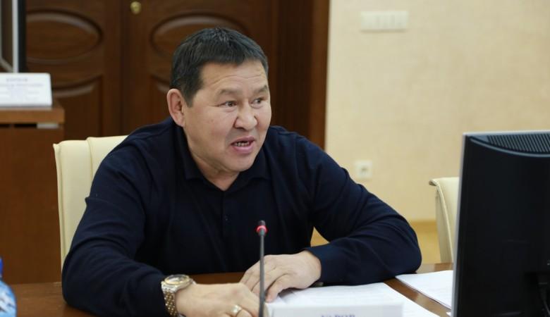 Под Якутском пьяный депутат сбил пешеходов: один погиб, двое пострадали
