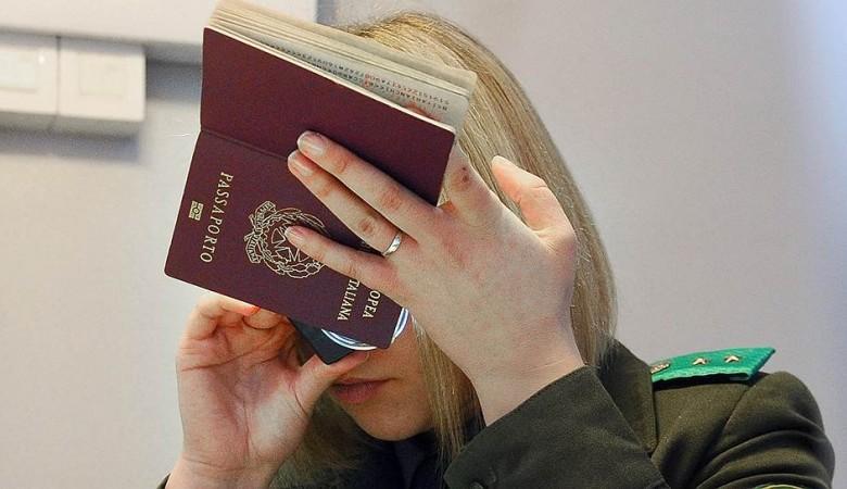 В России готовят закон о выдворении иностранных граждан за