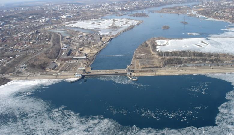 Иркутская ГЭС будет варьировать сбросы, чтобы обеспечить нормальную гидрологическую обстановку на Байкале и Ангаре