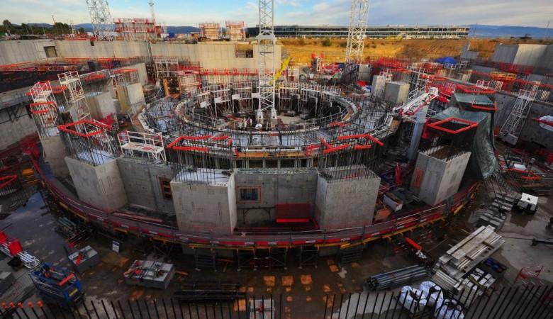 Ученые выбрали материал для защиты от нейтронов в реакторе