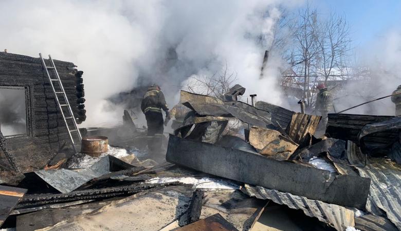 Останки двух детей обнаружили на месте пожара в частном доме в Новосибирске