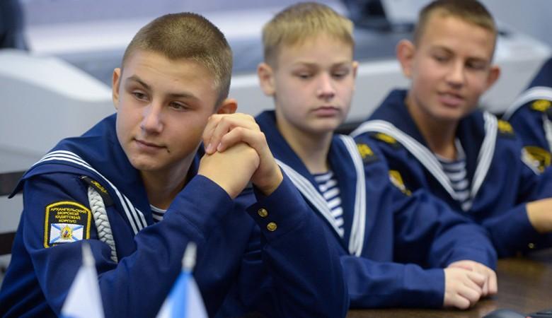 В Томске кадетов кормили кашей с червяками