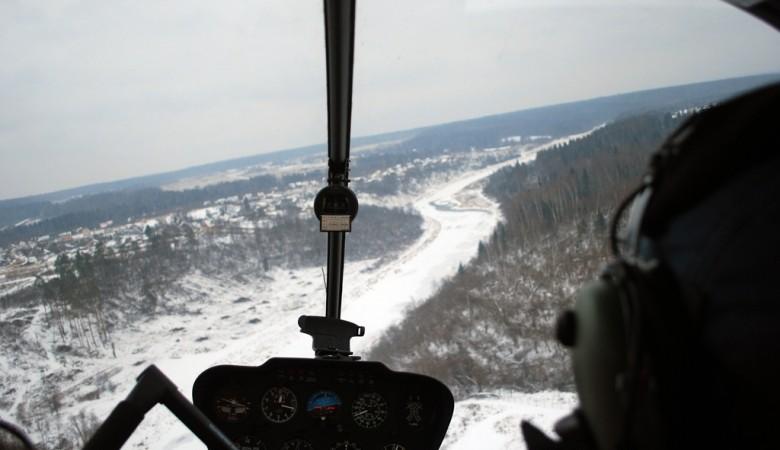 Спасатели нашли фрагменты кресел разбившегося на Алтае вертолета