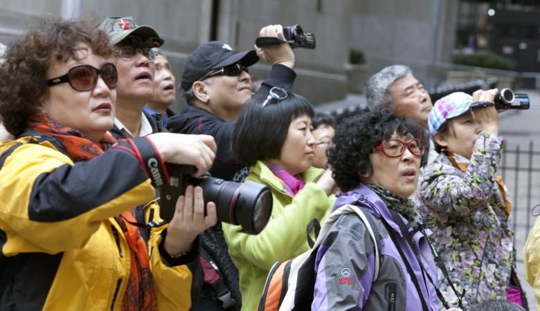 Жители Китая за праздники потратили втрое больше, чем жители Кипра заработали за год