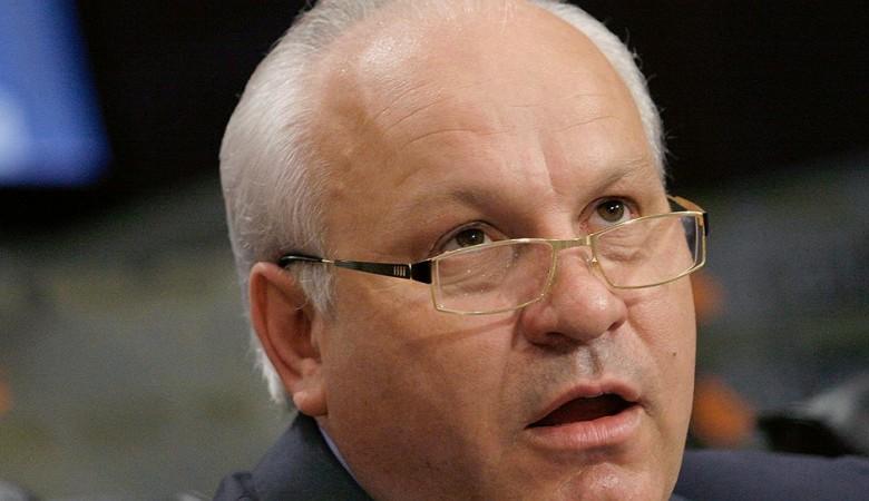 Глава Хакасии потребовал наказать журналиста, предложившего сделать эвтаназию хакасскому языку