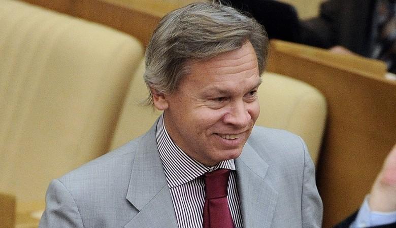 Российский сенатор прокомментировал высказывание Путина о словах «мама» и «папа»