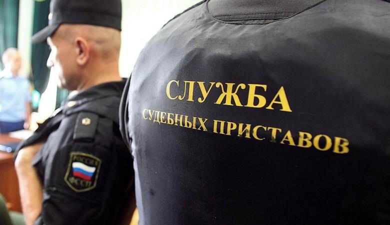Житель Новосибирской области, находящийся в розыске, пришел в суд морально поддержать друга