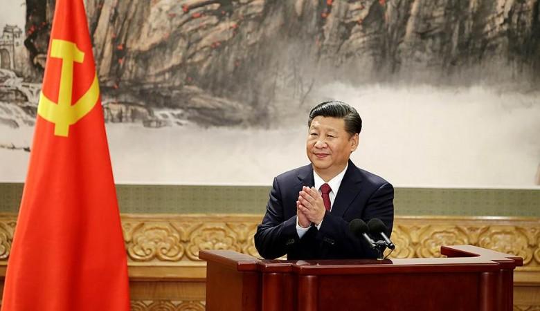 Китайские депутаты одобрили внесение имени и идеи Си Цзиньпина в конституцию страны