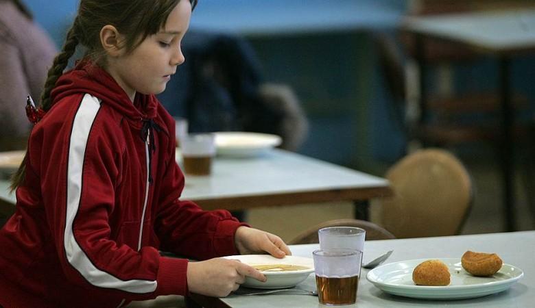 Ученики сельских школ в Кузбассе падают в голодные обмороки из-за нехватки денег на еду