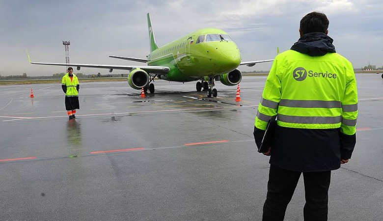 Самолет, летевший в Горно-Алтайск, сел в Казани из-за самочувствия пассажира