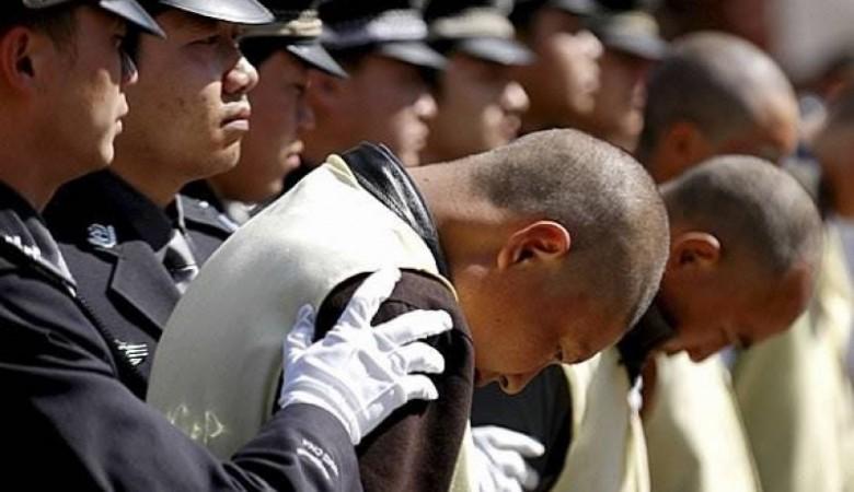 Китай за три года вернул на родину более четырех тысяч беглых преступников