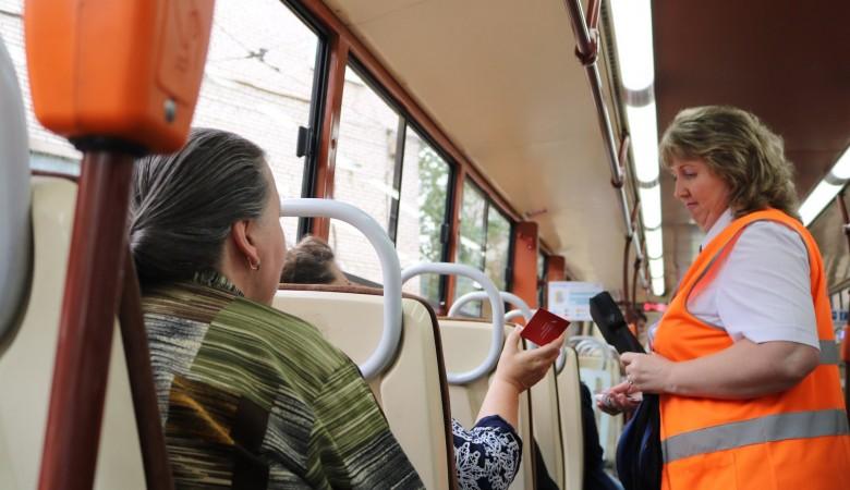 В Новокузнецке перевозчики отменяют льготный проезд для пенсионеров, так как они оскорбляют кондукторов