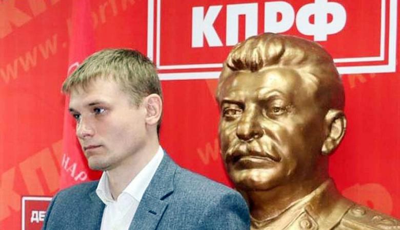 Коммунист Коновалов не намерен отказываться от участия во II туре выборов главы Хакасии