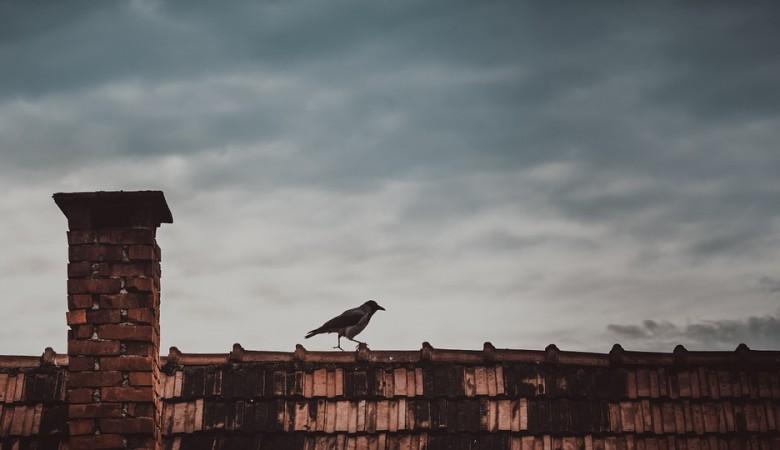 Ветер сорвал крыши со зданий школ в Хакасии