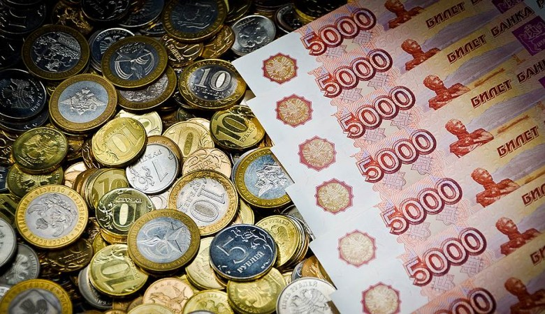 Житель Кузбасса поверил злоумышленнику и оплатил доставку «выигранного внедорожника»