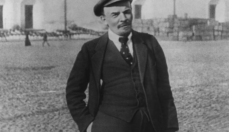 В Шушенском бору, где любил гулять Ленин, сосен не было, они выросли после ссылки Ильича