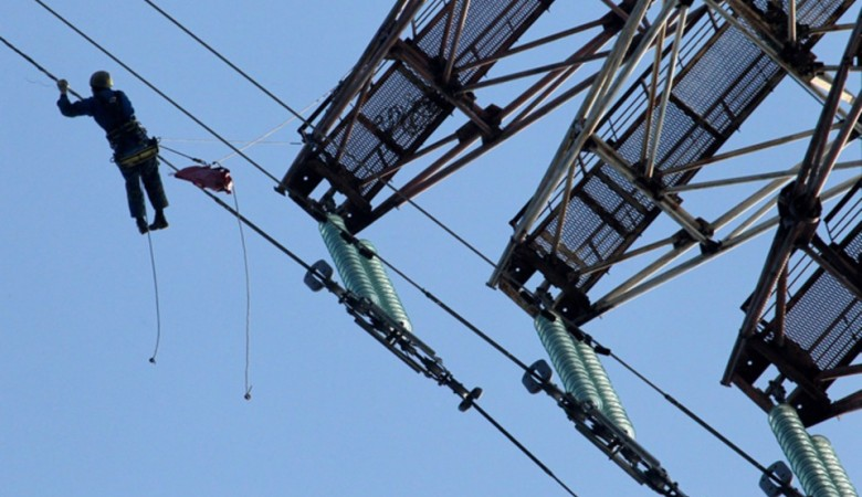 На Алтае 30 сел остались без света из-за аварийного отключения ЛЭП