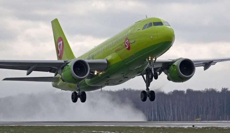 Самолет Улан-Удэ-Москва сел в Казани из-за ухудшения состояния здоровья пассажирки