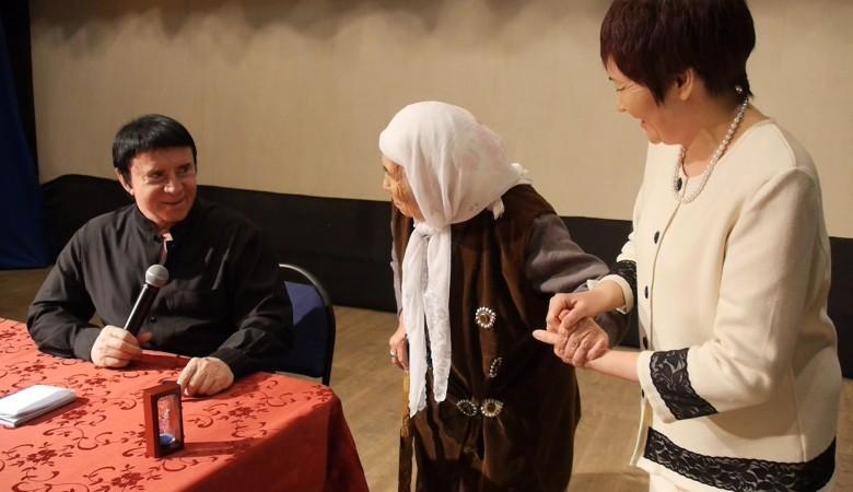 Кашпировский весь февраль будет «лечить» жителей Хакасии