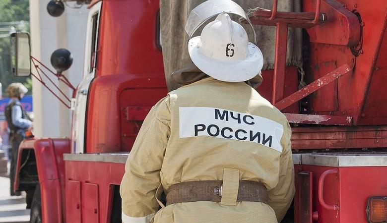 Около 150 человек эвакуированы из горящего машиностроительного техникума в Иркутске