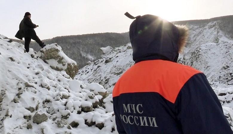 Поиск погибших на Алтае туристов будет на 1,5 месяца остановлен из-за угрозы новых лавин