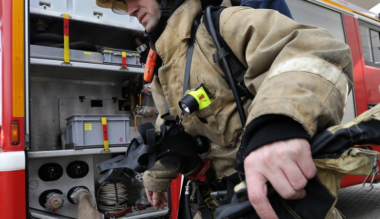 Пятеро взрослых и двое детей погибли на пожаре в Кузбассе