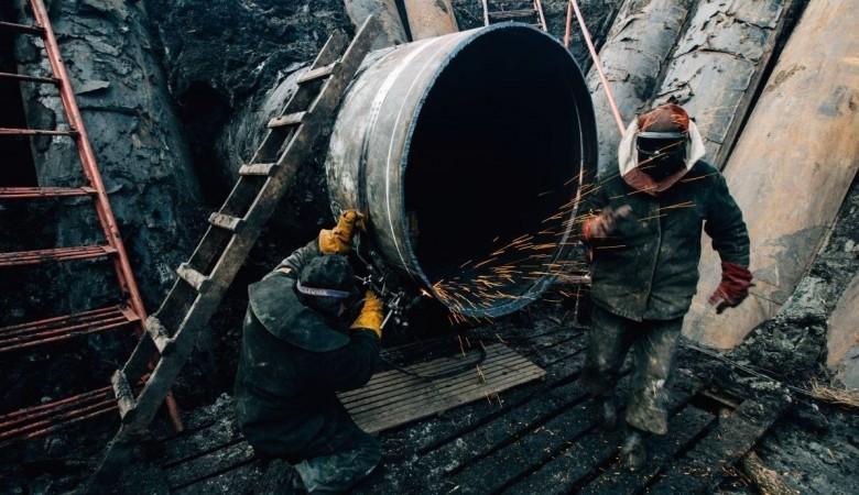Похититель металлолома погиб под обрушившейся стеной в Омске