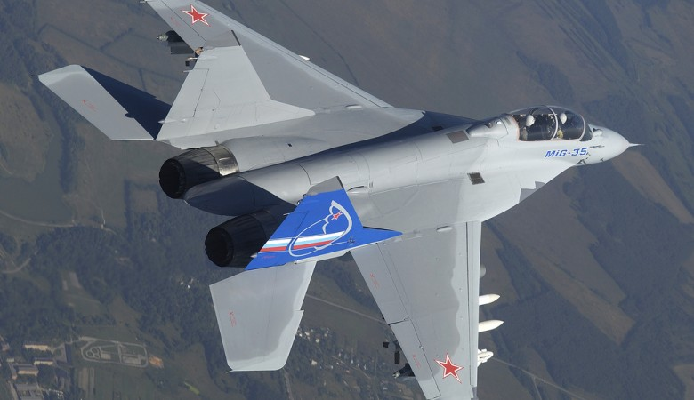 Военные летчики испытали авиационное вооружение новейшего истребителя МиГ-35