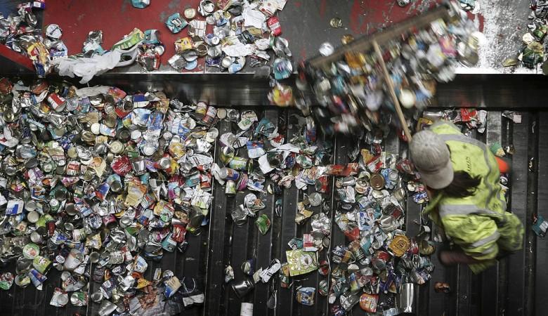 Тарифы на вывоз мусора в Хакасии оказались разорительными для населения - власти
