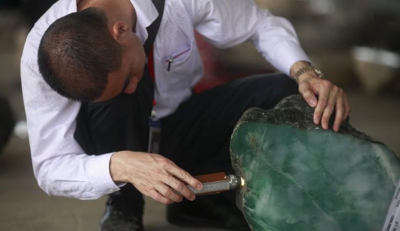 Бурятский нефрит продадут на китайско-российской бирже