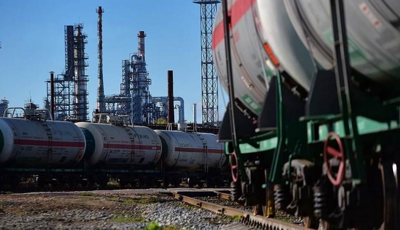 Казахстан намерен в среду подписать протокол с РФ о снятии эмбарго на экспорт бензина