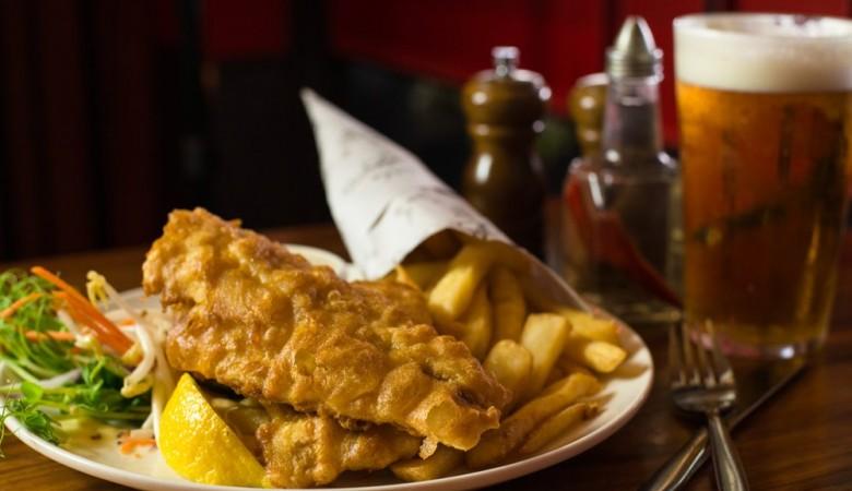 Си Цзиньпин в Лондоне наведается в паб и съест Fish and chips