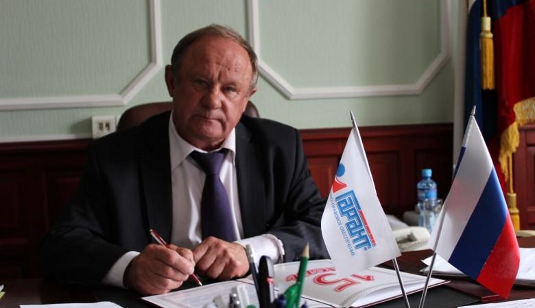 Мэр Горно-Алтайска схвачен пообвинению вмошенничестве ипревышении полномочий