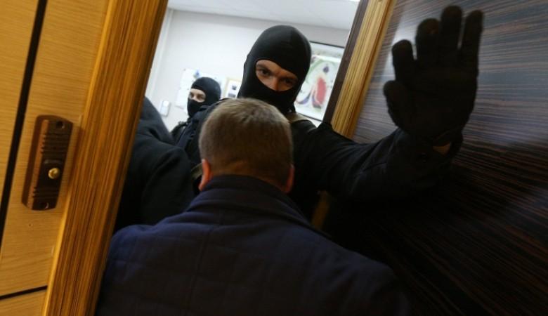 Полиция провела обыски в квартире иркутского координатора