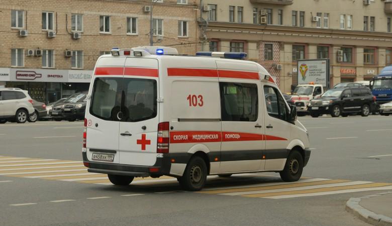 В Омске раненый ножом пациент избил фельдшера скорой помощи