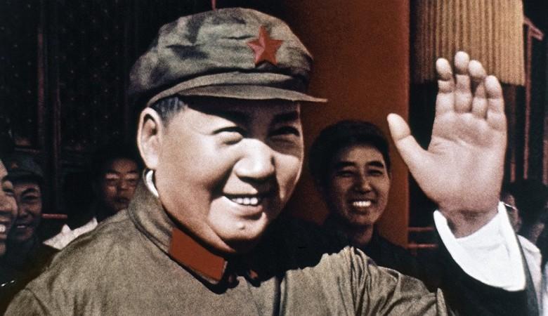 Художник, написавший портрет Мао Цзэдуна, стал автором новогодних почтовых марок в Китае
