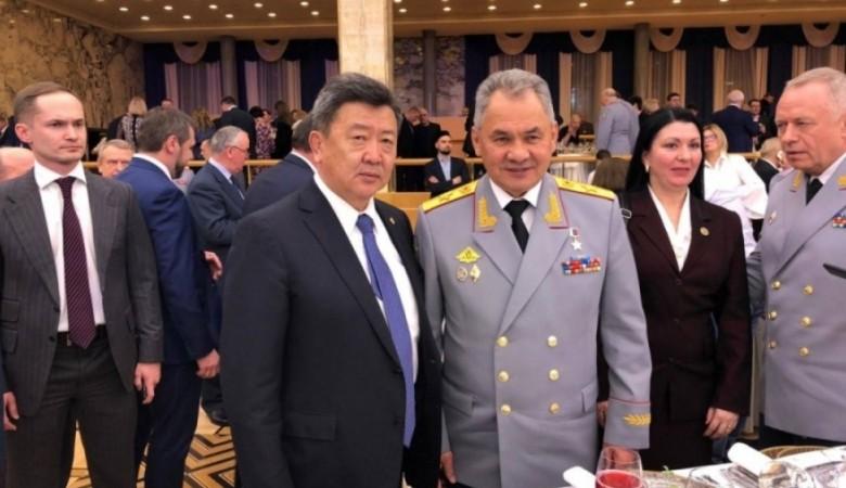 Главы Минобороны РФ и Монголии обсудили сотрудничество в Кызыле