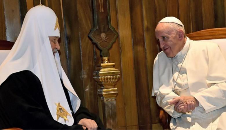 Иркутский протоиерей назвал предательством встречу Кирилла и Франциска