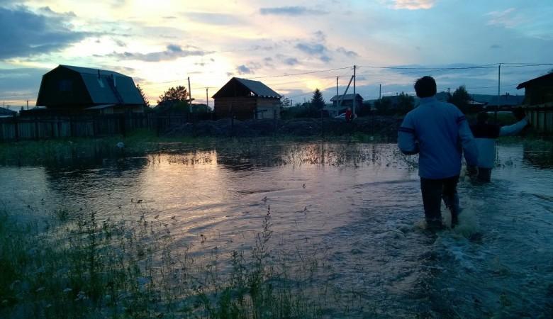 В Хакасии паводком подтоплены жилые дома